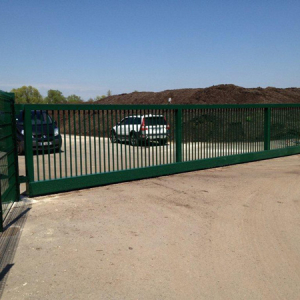 Nouveau portail pour la décheterie d'Arnas